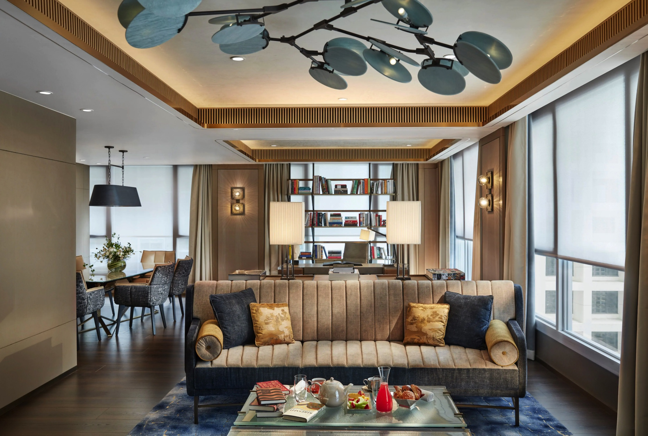 Luxury Star Winner - The Landmark Mandarin Oriental, Hong Kong