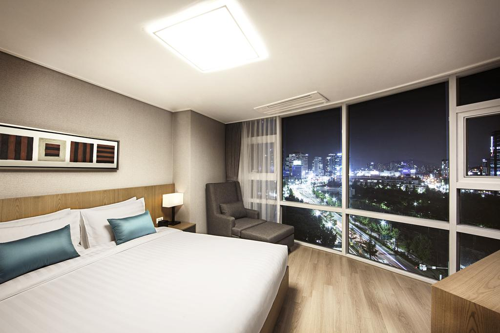 Serviced Residence Star Winner - Fraser Place Central Seoul