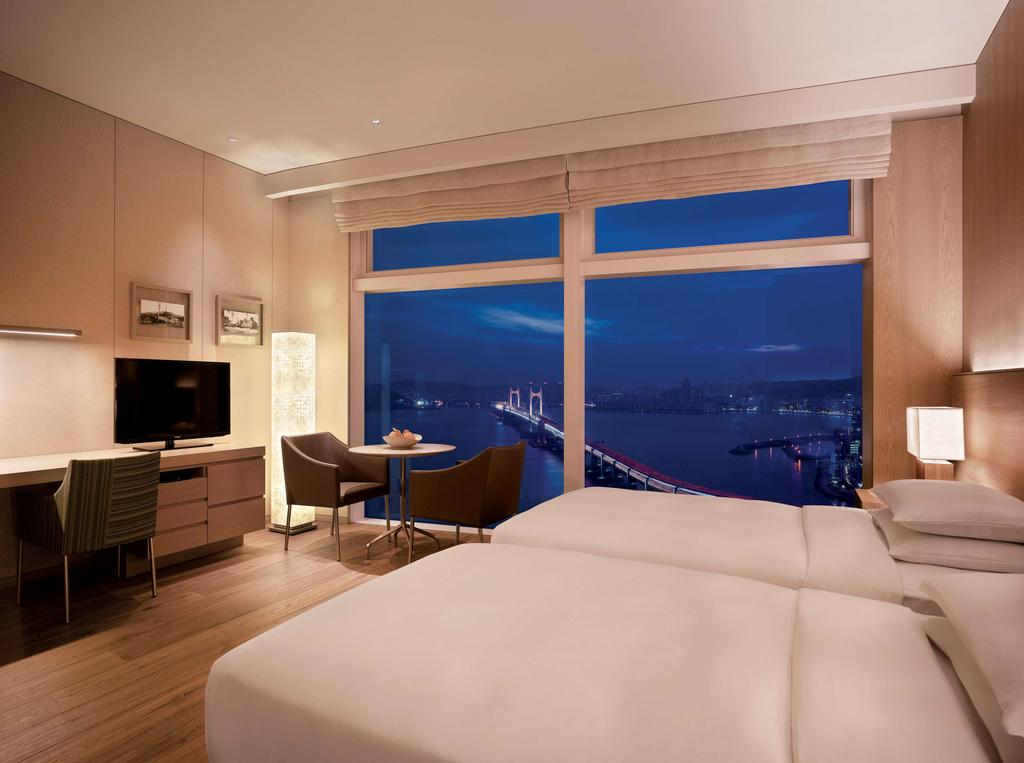Luxury Star Winner - Park Hyatt Busan